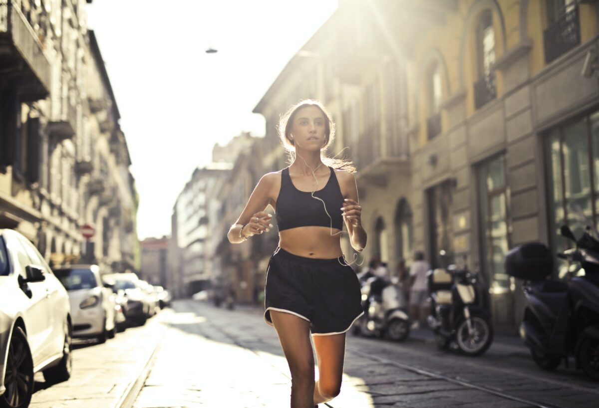 Running on an Empty Stomach: Is It a Good Idea or Bad?
